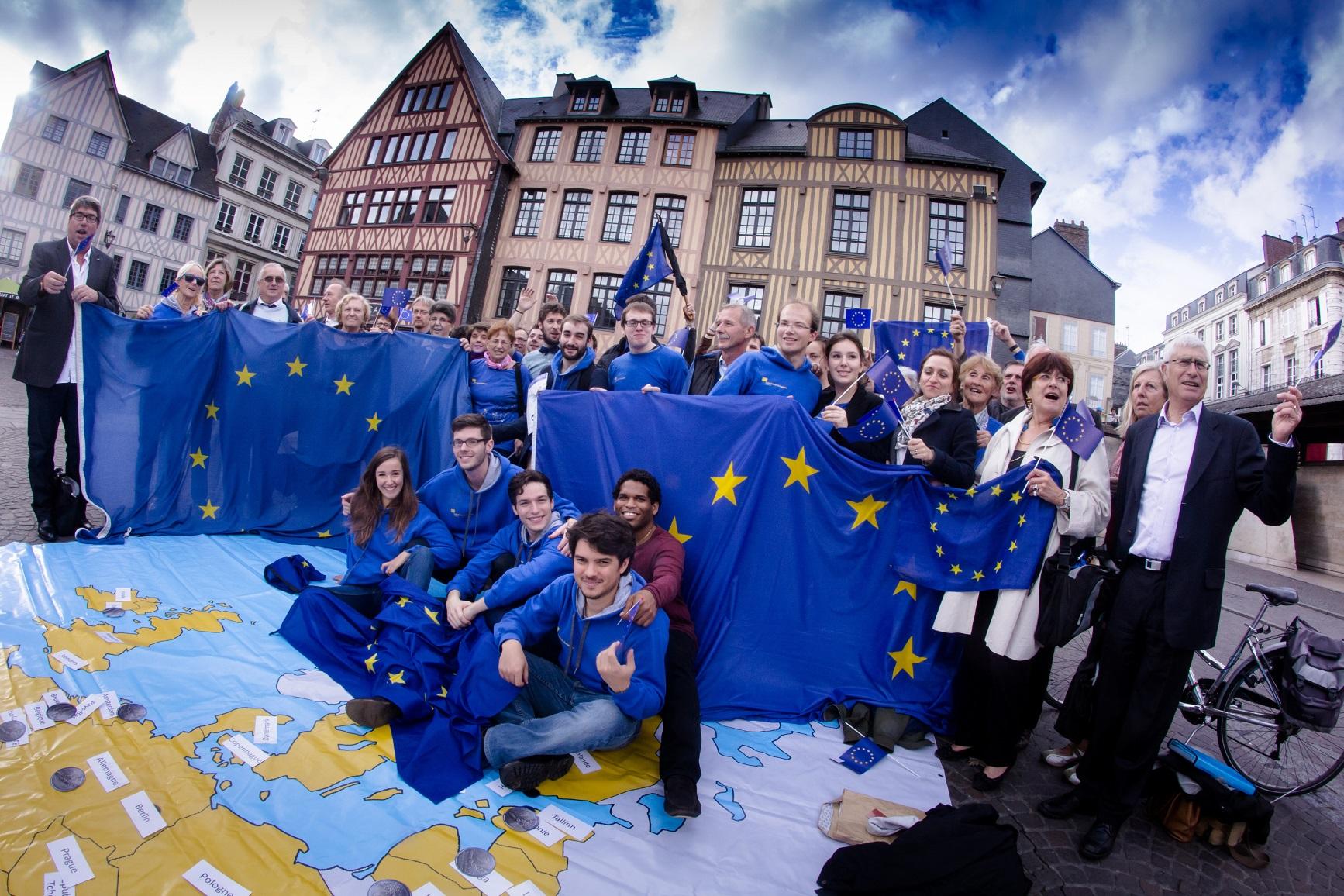 Les bénévoles du Mouvement Européen à Rouen en 2015