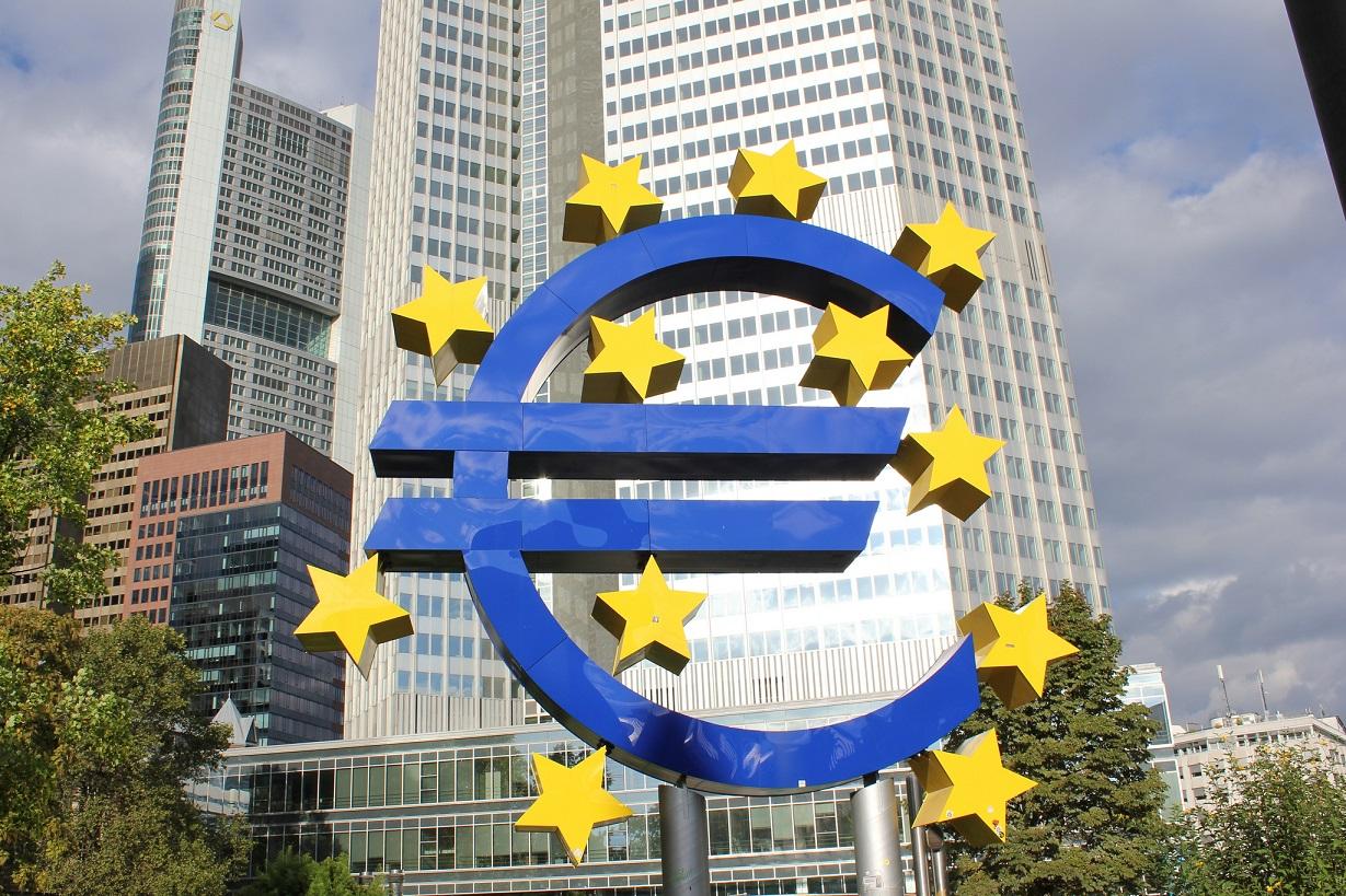 Symbole euro à Francfort, Allemagne