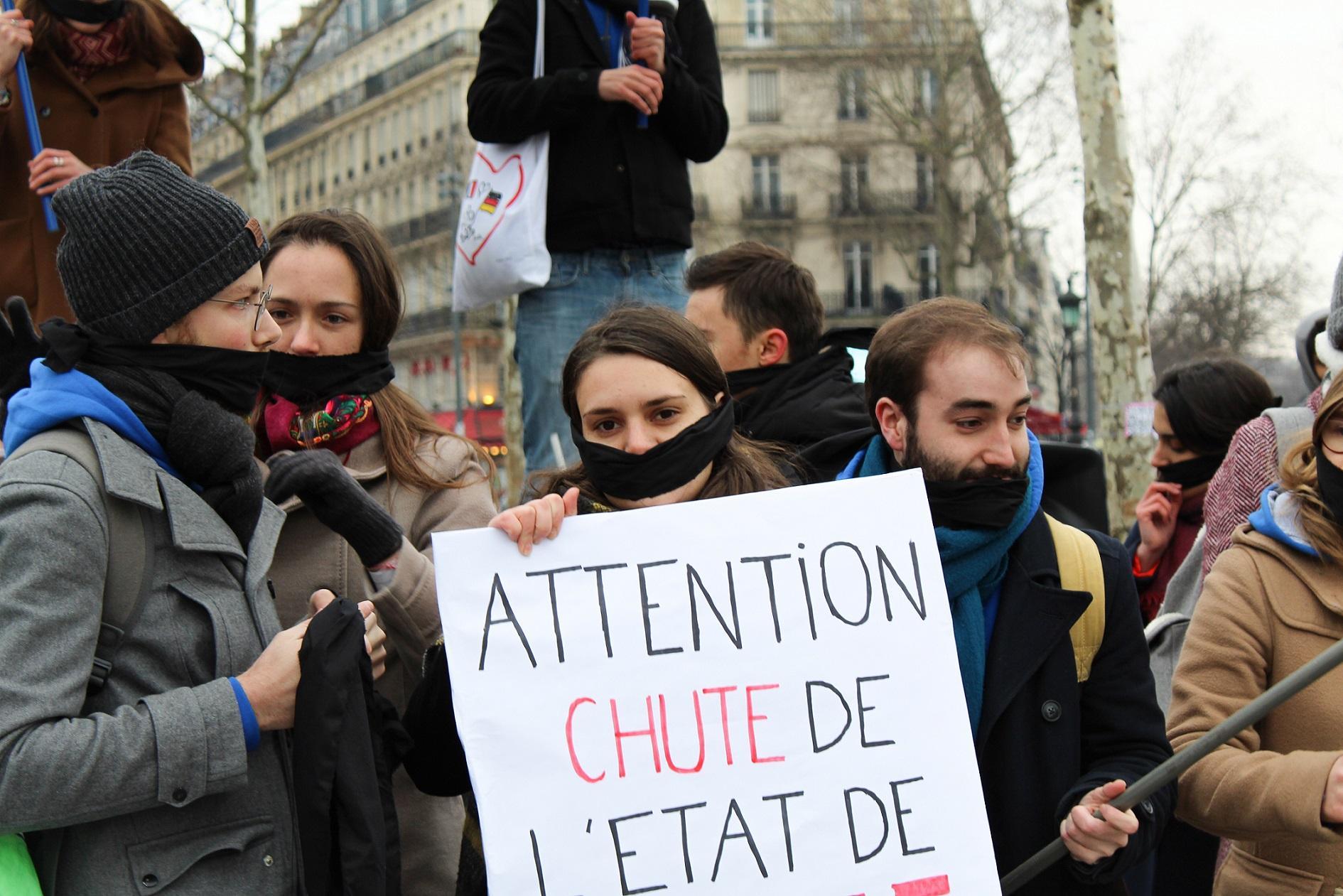 Les Jeunes Européens manifestent à Paris