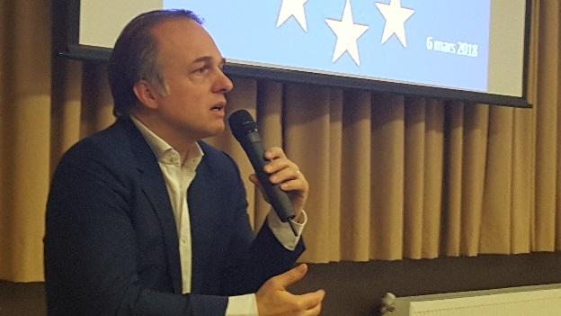 Yves Bertoncini lors d'une conférence à Arras sur le projet commun européen