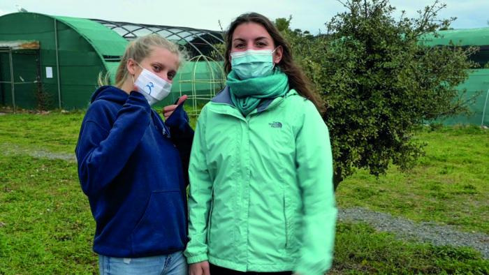 Marie-Claire et Estelle sur le site du CSFS à Villeveyrac, janvier 2021. © Océanides.